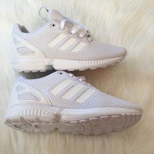 47826618e0351 adidas Shoes - NWT adidas Originals ZX Flux Boys Kids Shoes White